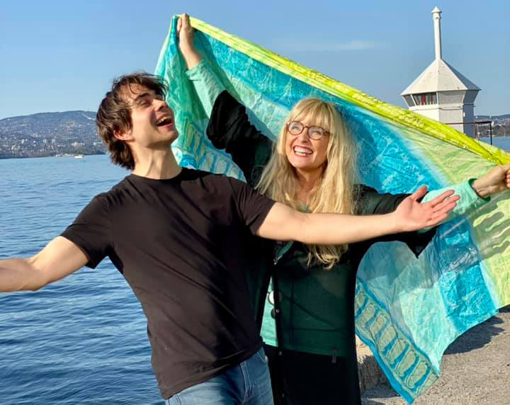 Utsolgt premiere for Hanne og Alexander på 17. mai!